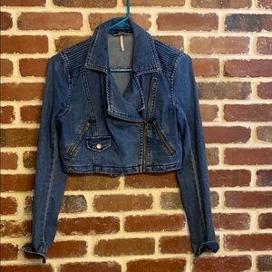 Free People cropped jean jacket xs